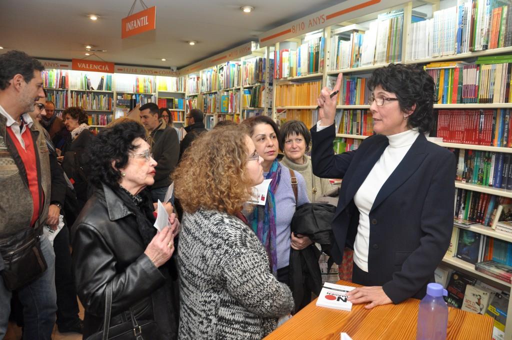 Maria_A_Sanchez_Image_Trainer_Marca_Personal_Libro_No_Imagen_Libreria_Aliitruc